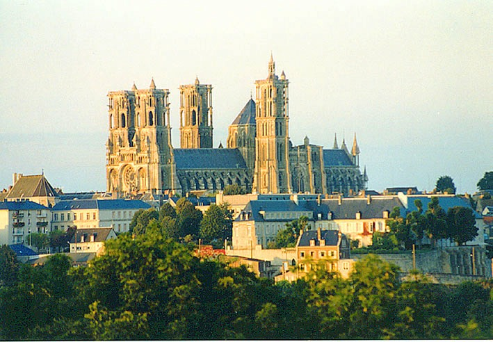Laon France  City pictures : Laon Cathedral